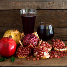 Intense pomegranate juice. 100% natural. 1 liter