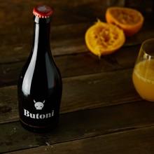 Valenzianisches Craft-Bier mit Orange